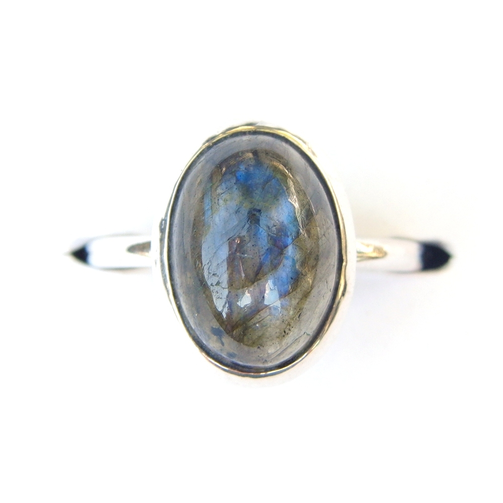 Labradorite Oval Ring.