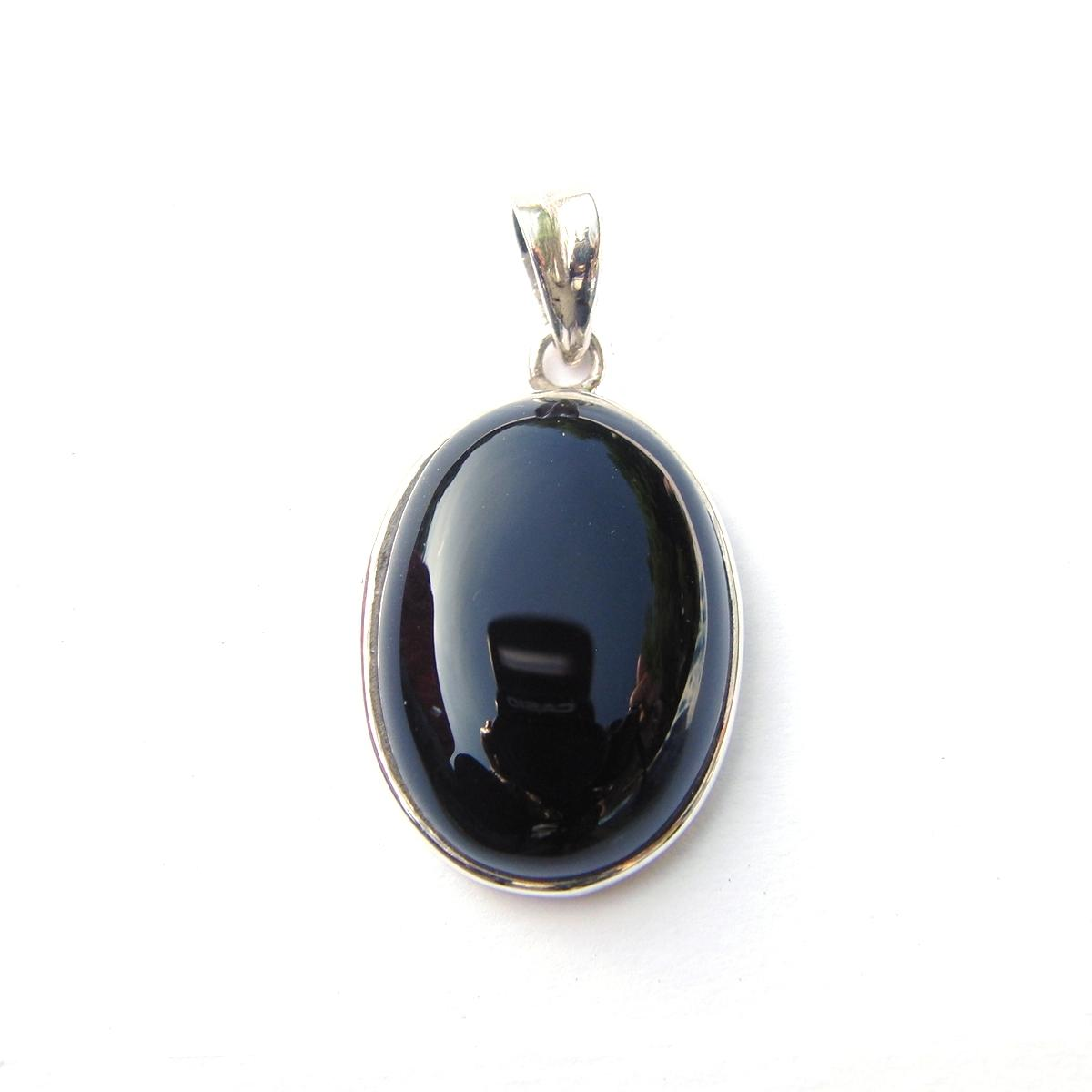 Black Onyx Small Oval Pendant.