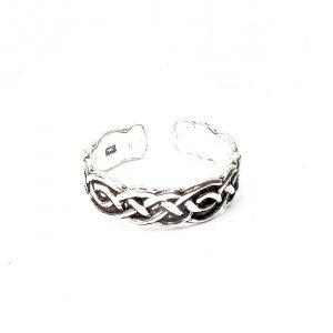 Beautiful Celtic Toe Ring