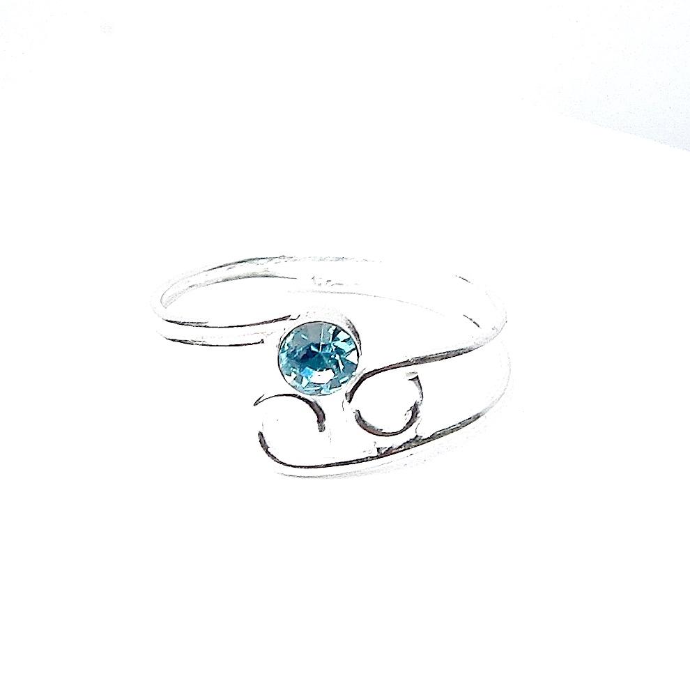 Beautiful Aqua Crystal Toe Ring