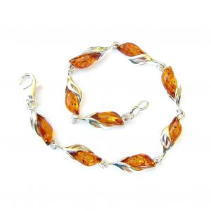 Beautiful Amber Marquise Cabochon Bracelet