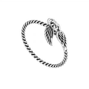 Beautiful Angel Wings Charm Ring